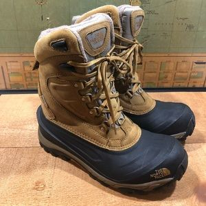 Men's NorthFace Waterproof Boots Size 8.5
